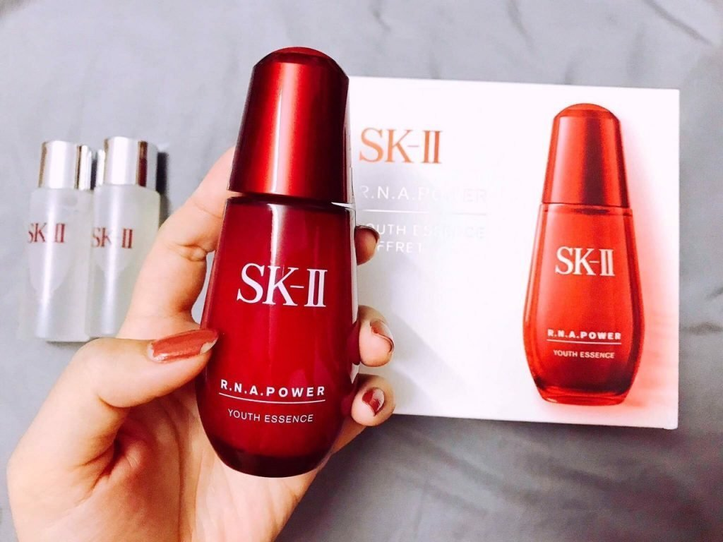 RNA Power Youth Essence 30ml 1 1024x768 - SK-II R.N.A Power Youth Essence Coffret