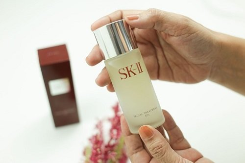 SK II Facial Treatment Oil 50ml 02 - Làm đẹp cùng với SK-II Facial Treatment Oil 50ml
