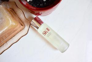 Cảnh báo: Những điều bạn cần phải biết về nước thần SK-II Facial Treatment Essence 230ml
