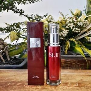 Giữ gìn vẻ đẹp làn da với SK-II Signs Up Lifter 40ml