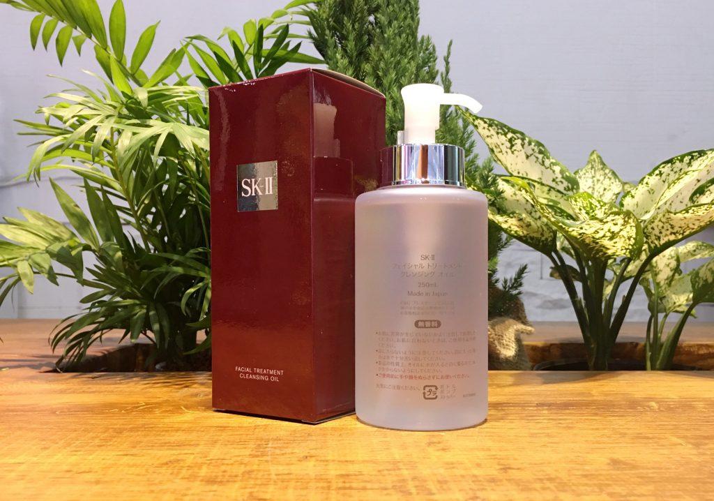 oil1 1024x718 - Thông tin về dầu tẩy trang SK-II Facial Treatment Cleasing Oil 250ml