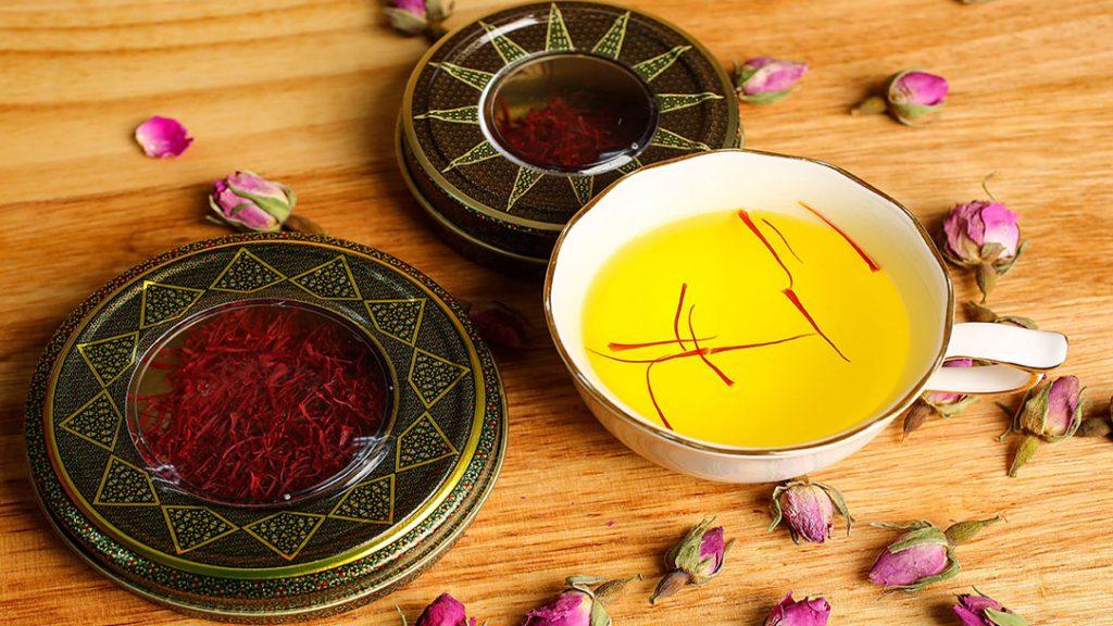 saffron 2 1024x576 - Cách nhận biết nhụy hoa nghệ tây hàng chất lượng và kém chất lượng